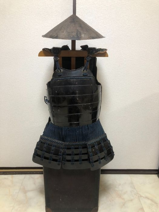 Jingasa, Yoroi - Additional storage wooden box - Cast iron, Cotton, Steel, Wood - Samurai - 三番 - Iron Cannon Equipment - Japan - Edo Period (1600-1868)