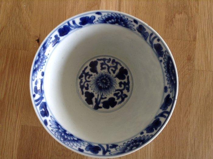 porcelain bowl / kangxi - Porcelain - China - 17th century