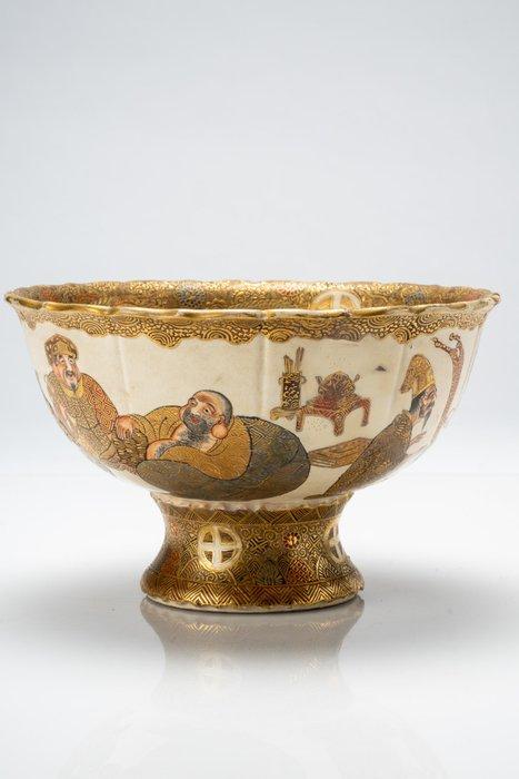 Bowl - Satsuma - Ceramic, Enamel, Gilt, Gold - Sette Saggi (Shichi Fukujin) della buona fortuna - Japan - Meiji period (1868-1912)