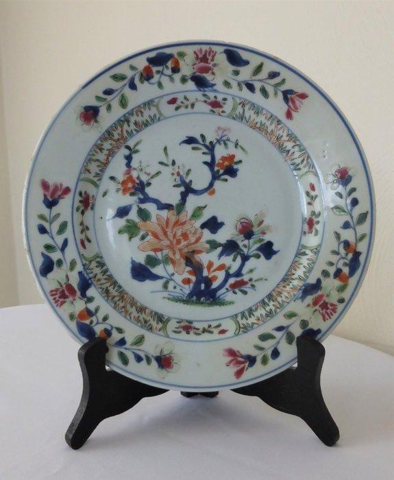 Chinese dish - Polychrome - Porcelain - China - Qianlong (1736-1795)