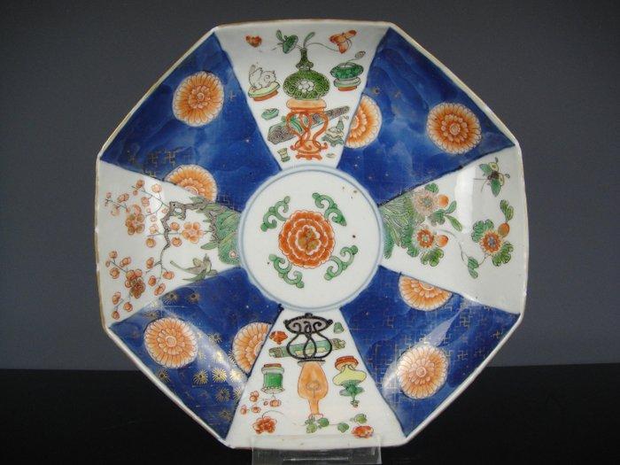 Plate - Famille verte - Porcelain - China - Kangxi (1662-1722)