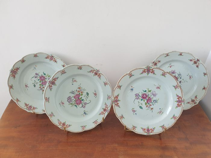 Plate (4) - Famille rose - Porcelain - China - Qianlong (1736-1795)
