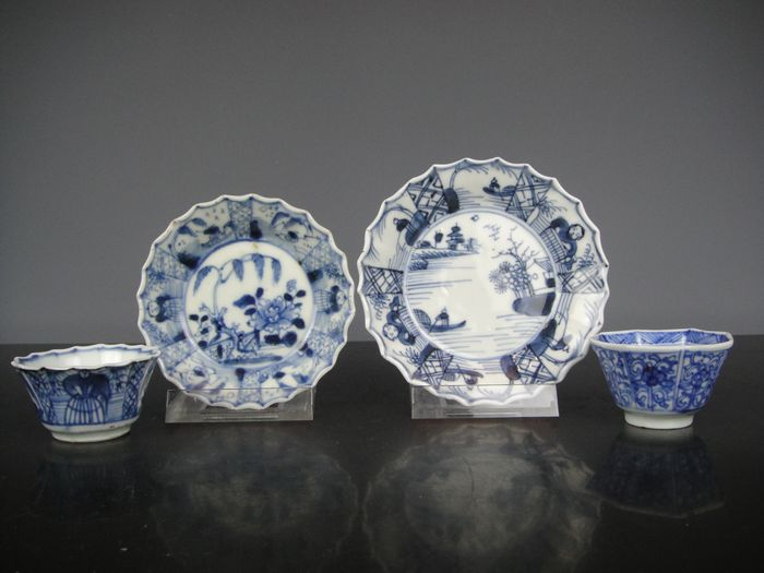 Cups and saucers (4) - Blue and white - Porcelain - China - Kangxi (1662-1722)