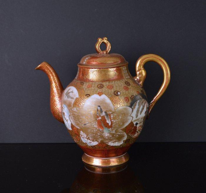 Teapot (1) - Kutani - Porcelain - Japan - Meiji period (1868-1912)