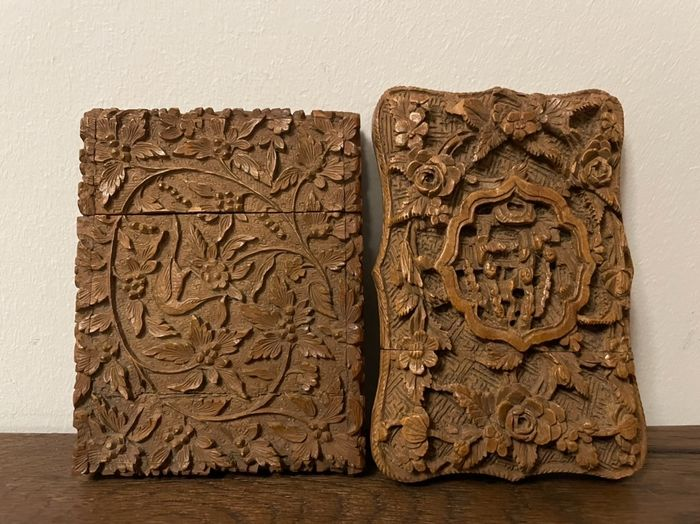 Card cases (2) - Sandal wood - China - 19th century
