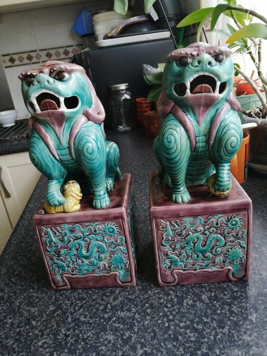 Sculpture (2) - Porcelain - China - 19th century