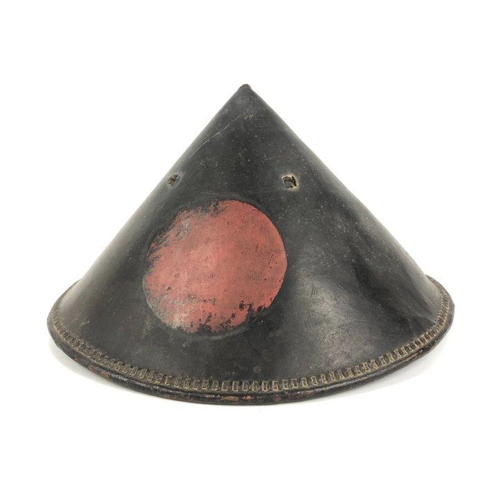 Samurai helmet - Iron, Leather - Leather lacquered Jinkasa hat革漆塗陣笠 - Japan - Edo Period (1600-1868)