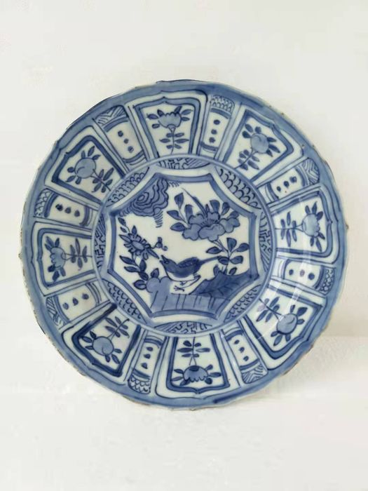 Plate - Blue and white - Porcelain - Bird, Flowers - China - Wanli (1573-1619)