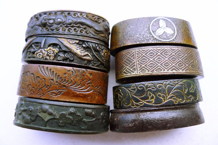 japanese 8 fuchi set - Cast iron, Copper - Japan - Edo Period (1600-1868)