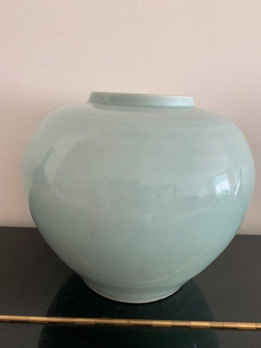 China vase (1) - Porcelain - China - Qing Dynasty (1644-1911)