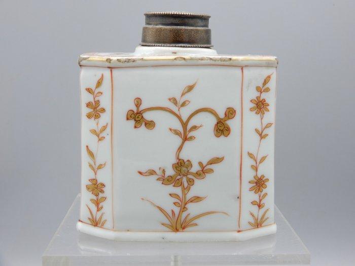 Tea caddy - Porcelain - China - Kangxi (1662-1722)