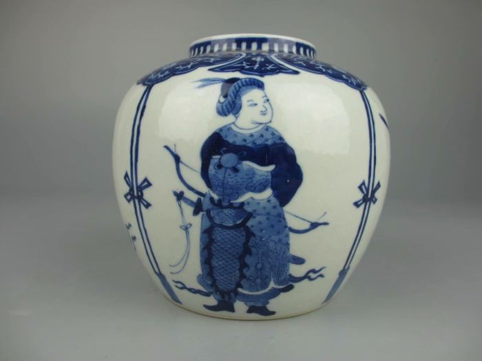 Jar - Porcelain - China - Late 19th century
