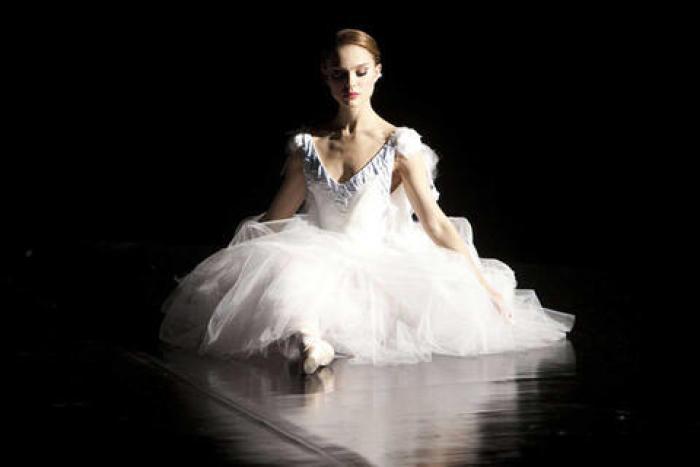 Black Swan - Photo12