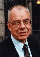 Reinhard W. Hoffmann