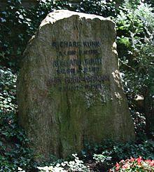 Kuhn_grave