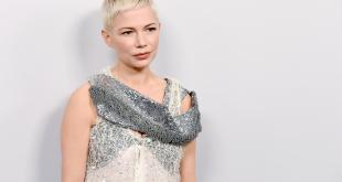"Michelle Williams jouera aux côtés de Julianne Moore dans le remake d'""After The Wedding""."