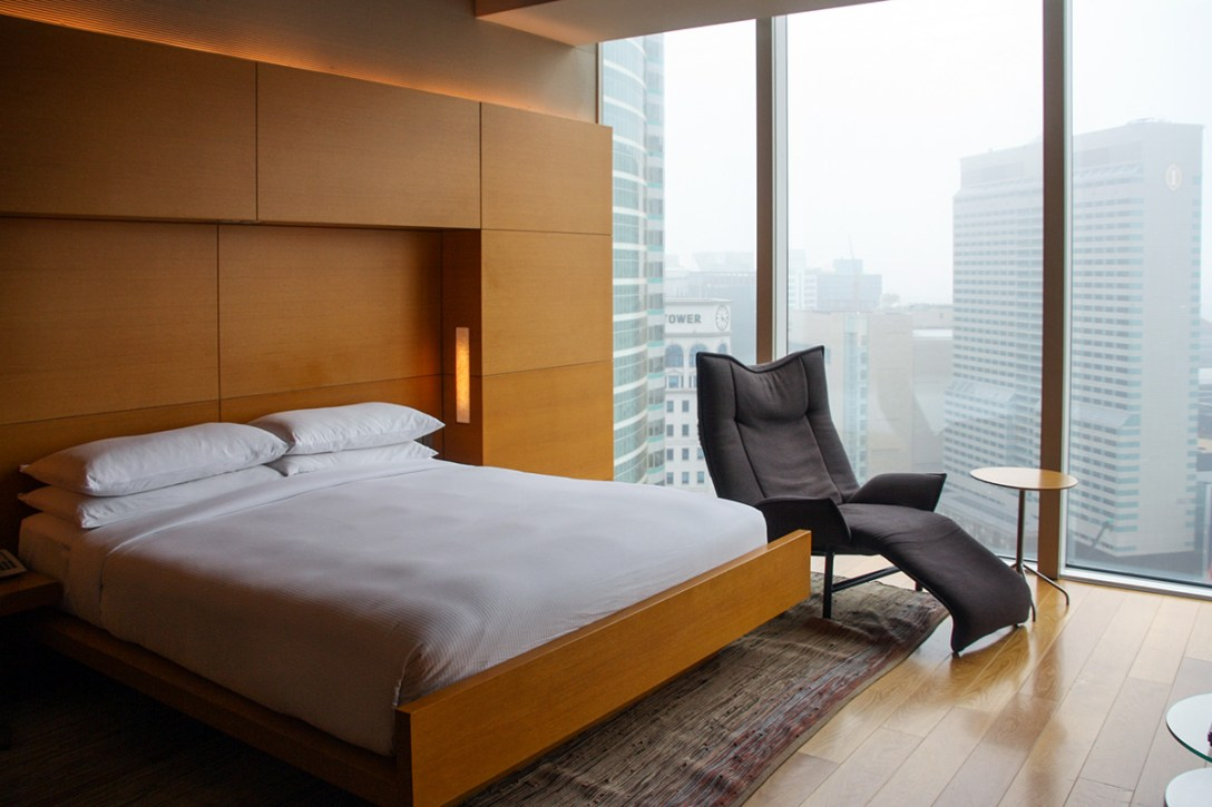 park-hyatt-seoul-tenth-anniversary-bedroom.jpg
