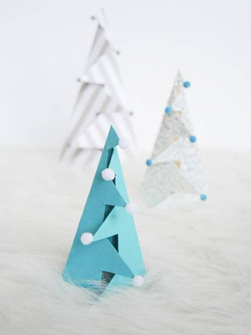 How To Make Standing Folded Paper Christmas Trees