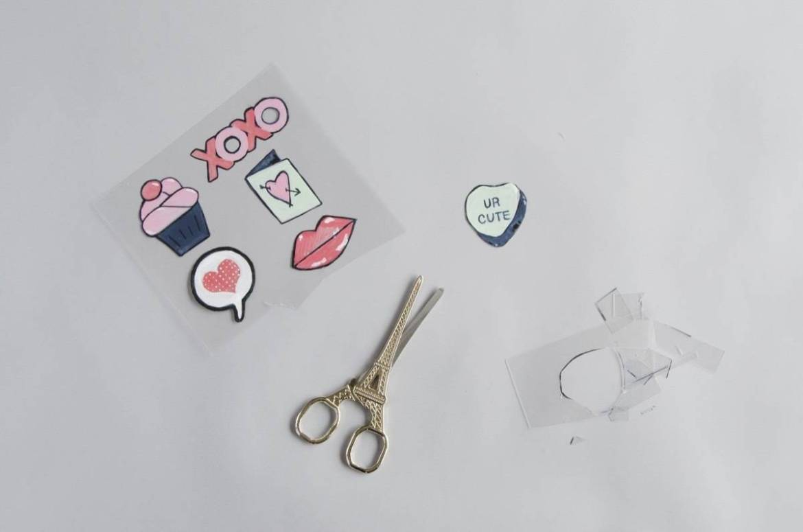 Shrinky Dinks can be transformed into lookalike enamel pins - learn how with this step-by-step tutorial.