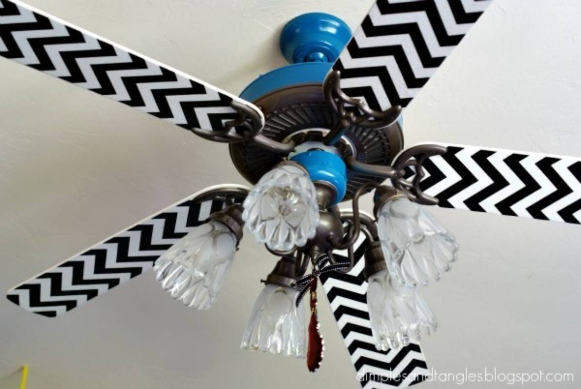 99 ways to use fabric to decorate your home   Ceiling fan upgrade