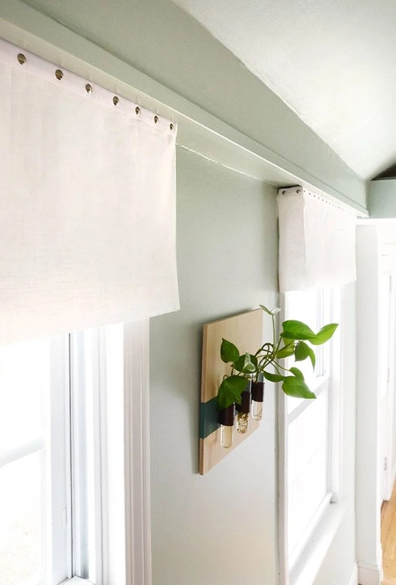 99 ways to use fabric to decorate your home   DIY no-sew valances
