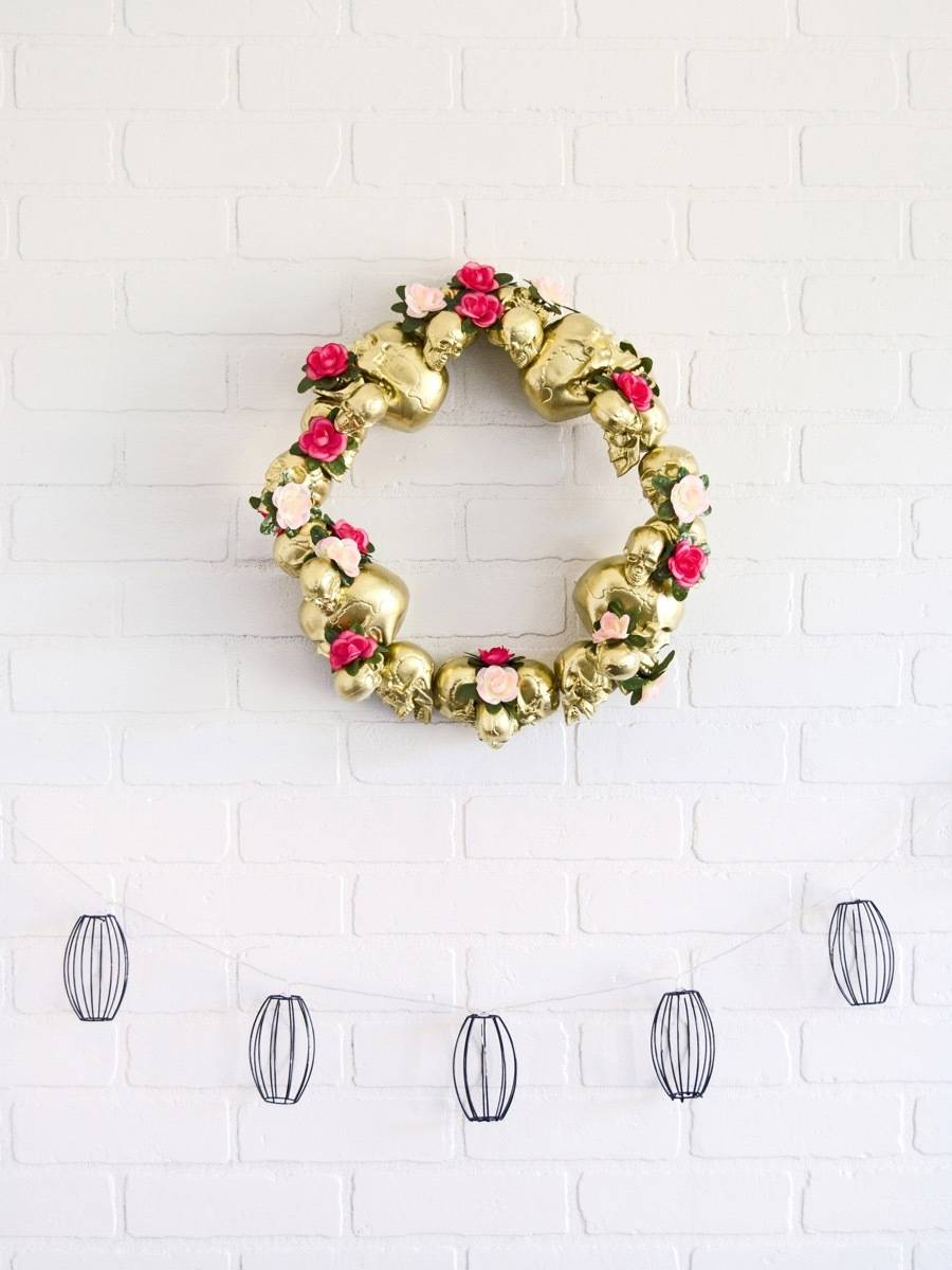 Classy Halloween Decor: Make this Glam Skull Wreath