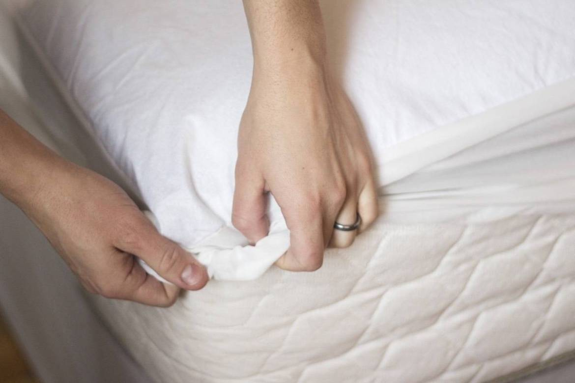 How to Clean your Mattress: Use a mattress cover