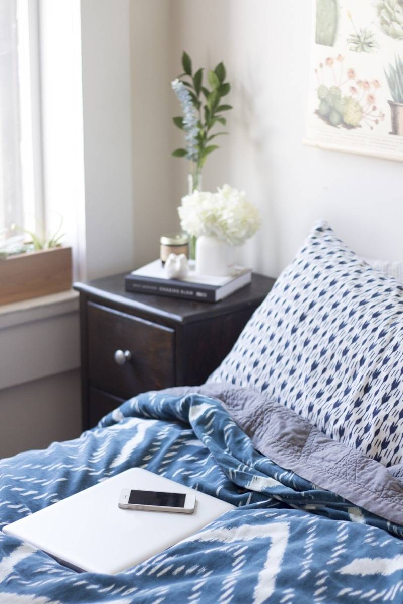 How to create a technology-free bedroom and make your life better