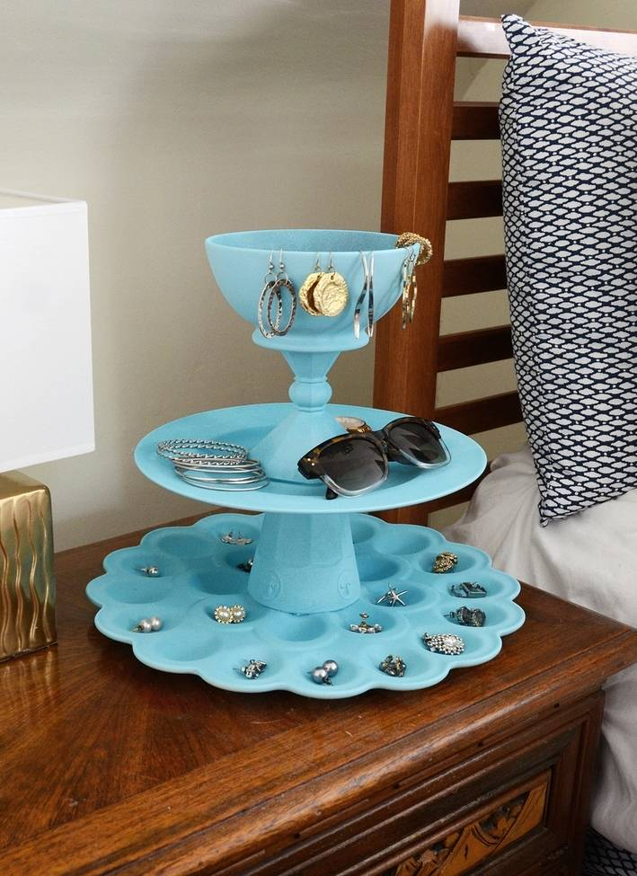 3-tiered jewelry holder