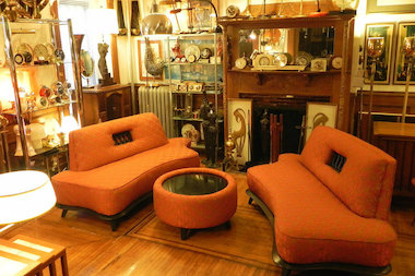 Brownstone Pop Up Selling Vintage Wares Opens For The