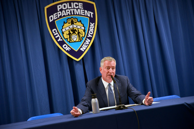 Mayor Bill de Blasio and PBA union have reached new contract agreement, ending years of rancor.