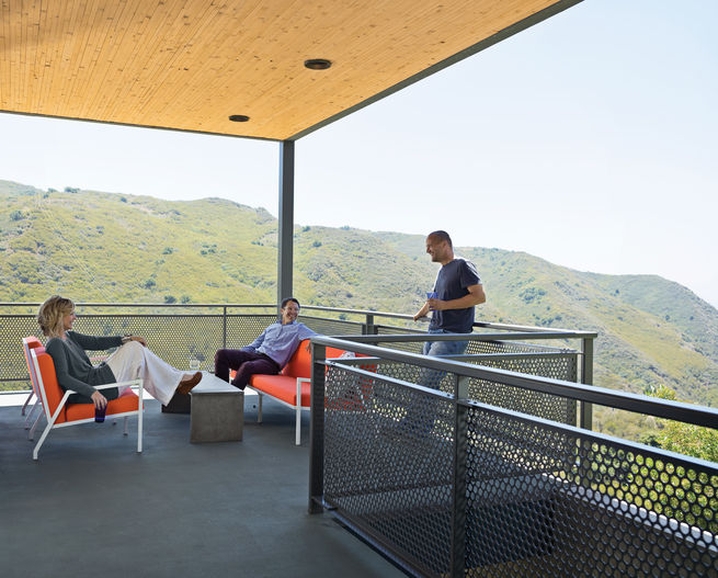 <br /><br /><br /><br /><br /> The wraparound deck of a secluded home in Malibu offers killer views of the chaparral-filled canyon on which it's perched. Photo by: J Bennett Fitts<br /><br /><br /><br /><br />