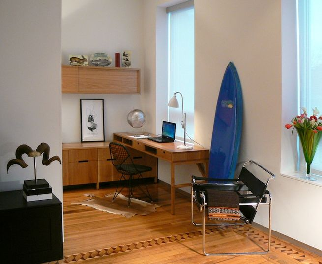 <br />   Office<br /> Hoffman's friend, carpenter Scott McGlasson who runs Woodsport Studio in Minneapolis, custom-made the desk.<br /> Photo by Morlen Sinoway<br />