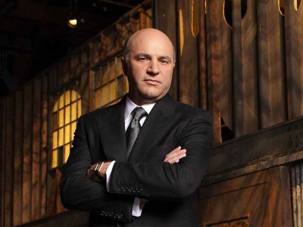 Kevin O'Leary catches up on business news during his morning workout.