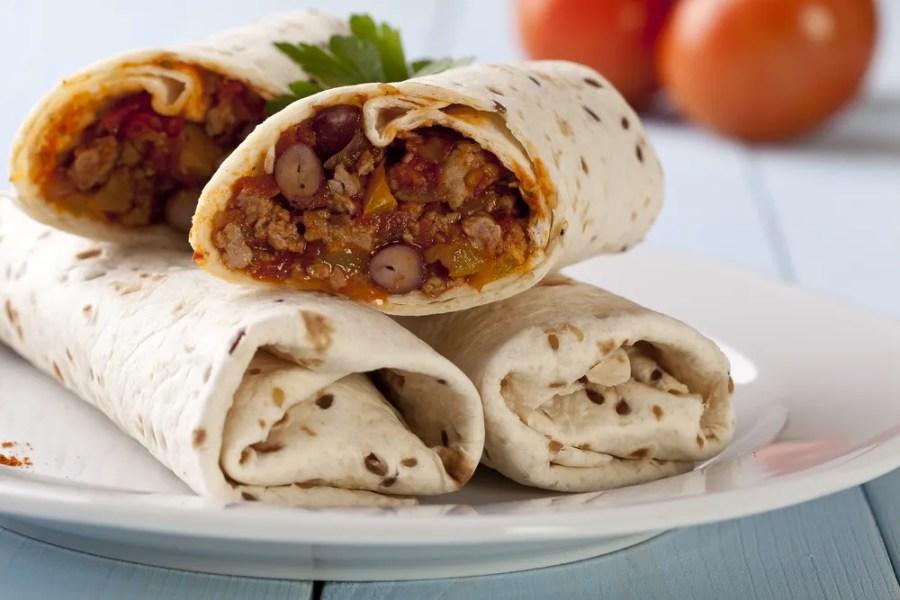 Resep makanan Meksiko untuk bekal ke kantor - Beef and bean burrito