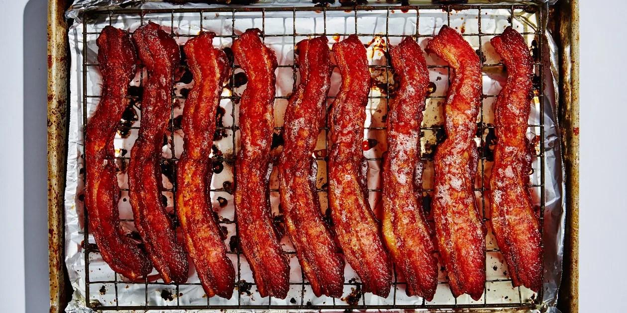 oven baked sheet pan bacon