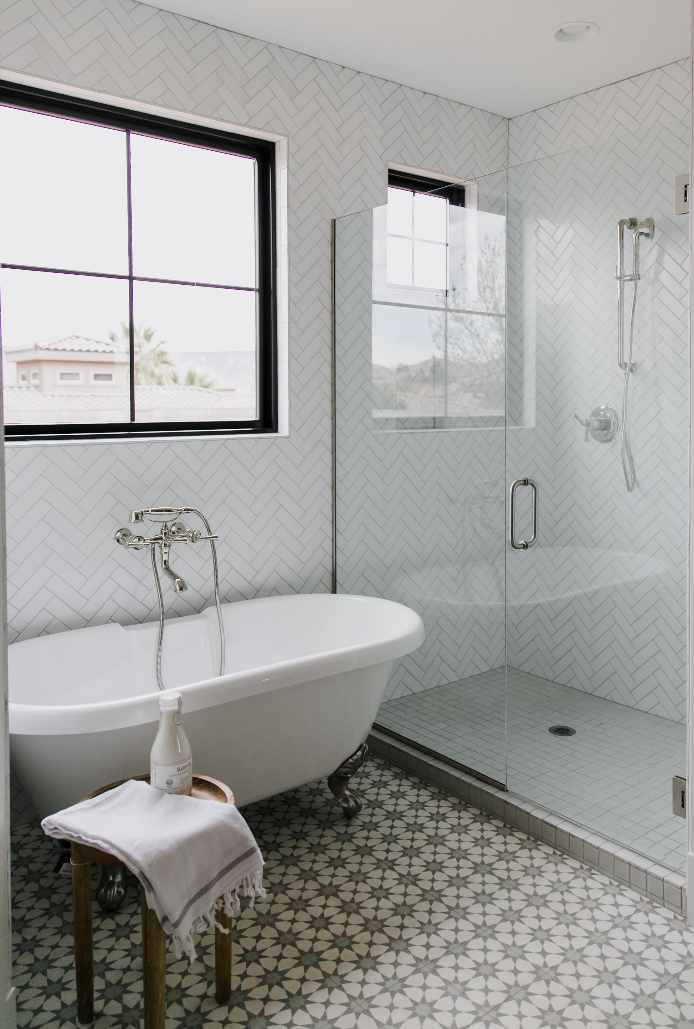 ceramic tile vs glass tile shower