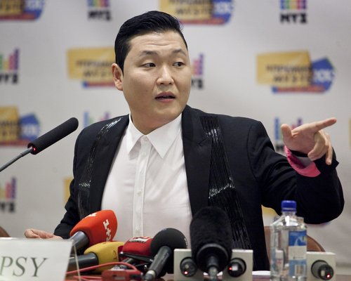psy attends press conference  1370604237 custom 0 PSY Teases New Album With Talk Of Three New Kinda Nice Songs