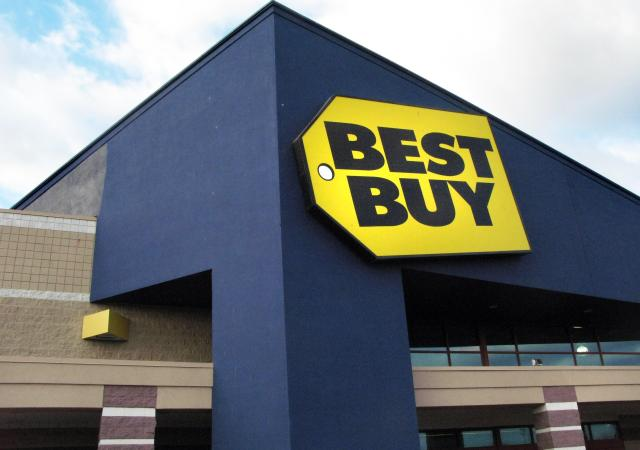 giant Best Buy only carries the Apple tablet, but expect tablets ...