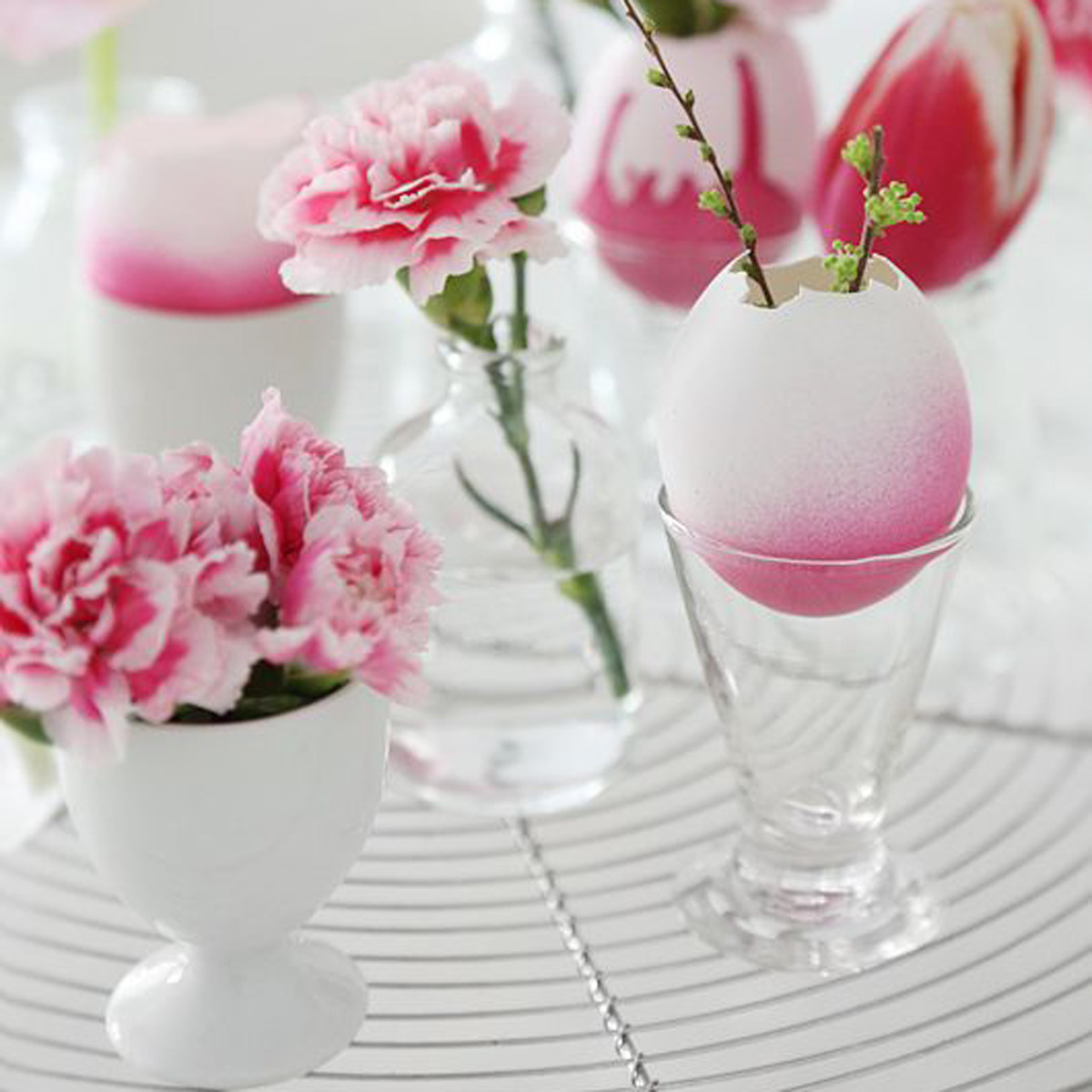 Easter decorations  20 stunning Easter table decorations   Good     Easter decorations  20 stunning Easter table decorations   Good Housekeeping