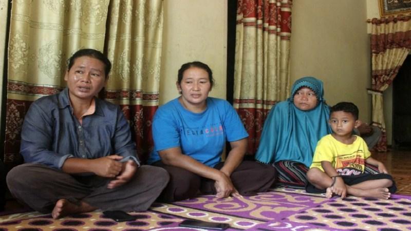 IBU tiga kanak-kanak yang hilang sejak 18 Oktober lalu. FOTO Agensi.