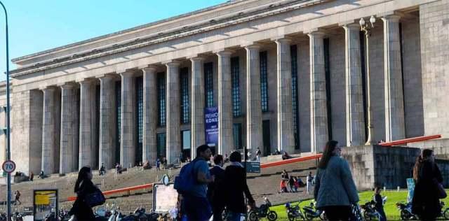 La Facultad de Derecho de la UBA también ofrece carreras cortas