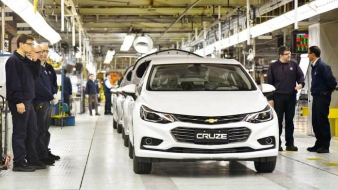 Marcas de autos argentinos: el Chevrolet Cruze, producido en Alvear.