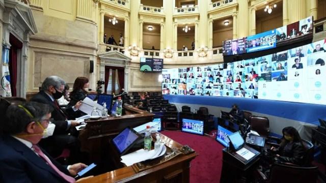 El Senado empezó a tratar el proyecto de presupuesto, donde se prevé la emisión de deuda por algo menos de un billón de pesos