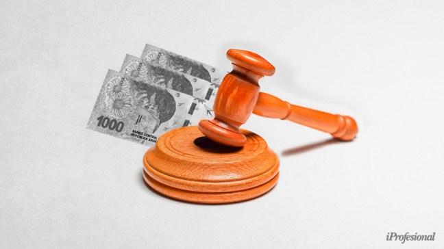 Los contadores y abogados preparan los números para hacer juicio