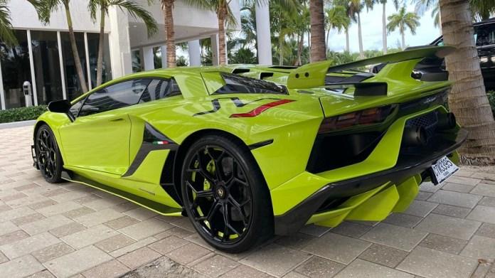 Lamborghini SVJ, uno de los autos más caros del mundo, en manos de un argentino.