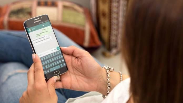 WhatsApp es un sistema asincrónico pero muchos usuarios lo usan como si fuera sincrónico, lo que genera malentendidos.