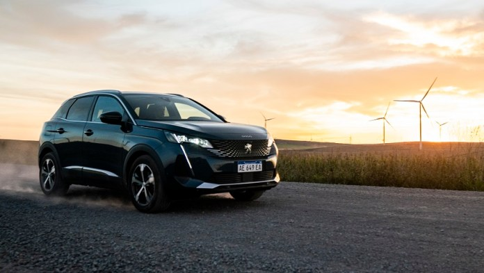 Nuevo Peugeot 3008, cambio en el diseño y más tecnología.
