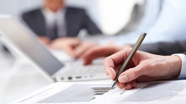 El proyecto busca que los bancos entren al negocio
