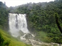 02-Marokopa-Falls